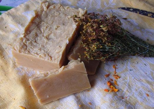 Разные способы применения хозяйственного мыла