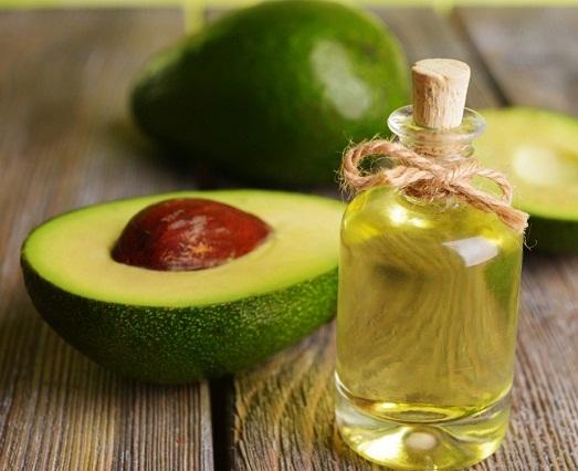 Чем полезны маски из авокадо?