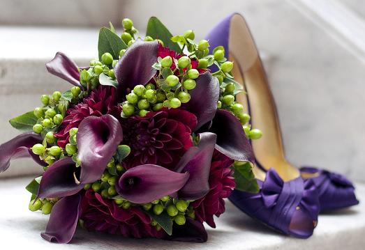 Букет невесты из калл – красиво и необычно