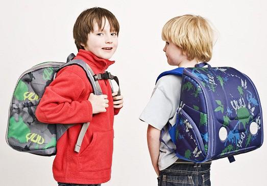 b01bba2238ee Конечно, рюкзак! Но чтобы ученику было комфортно, родители должны сделать  правильный выбор. Это не так просто, как может показаться, ведь нужно  учесть массу ...