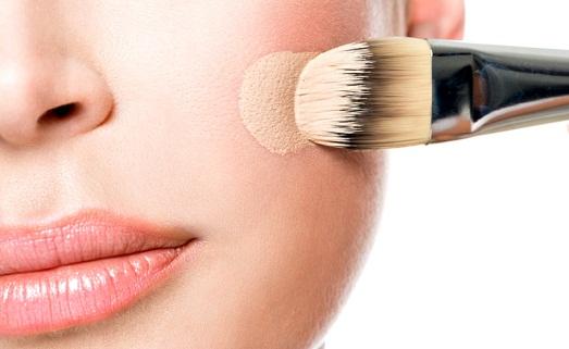 Правила выбора тонального крема при проблемной коже