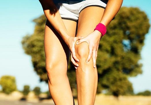 Почему болят колени и суставы во время тренировок?