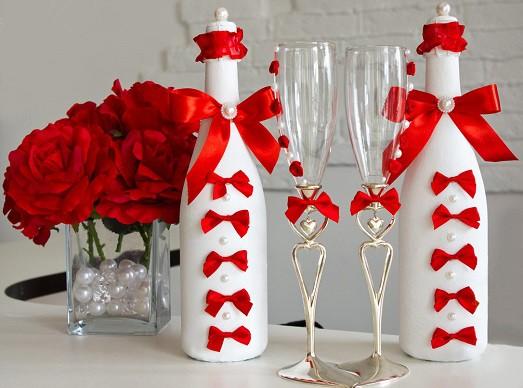 Как украсить бутылку шампанского для свадьбы своими