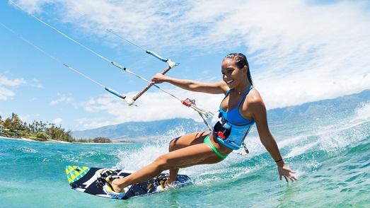 Кайтсерфинг — красивый вид спорта для сильных людей