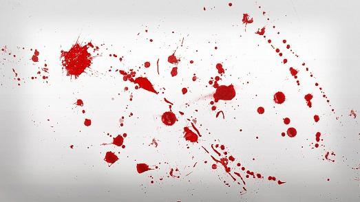 Как избавиться от пятен крови на одежде?