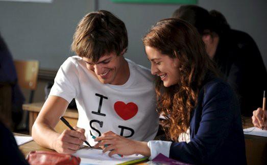 лучшие фильмы про невероятную школьную любовь