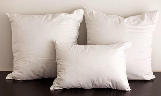 Основные правила стирки подушек и одеял