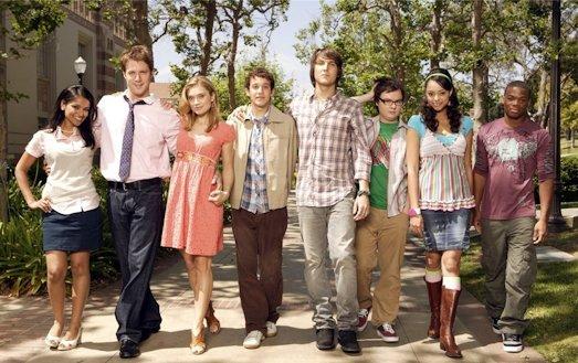 10 самых интересных сериалов о студентах