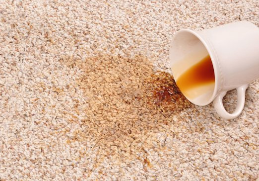 Чем можно быстро почистить ковролин?