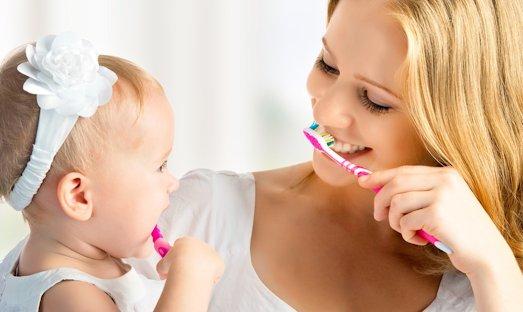 Как научить маленького ребенка чистоплотности?
