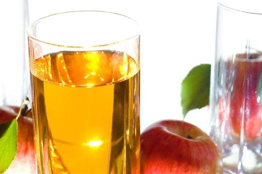 Как приготовить вкусный домашний сидр из яблок?