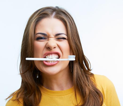 10 продуктов, которые вредят нашим зубам