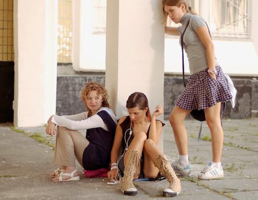10 жутких фильмов о жестокости в школе