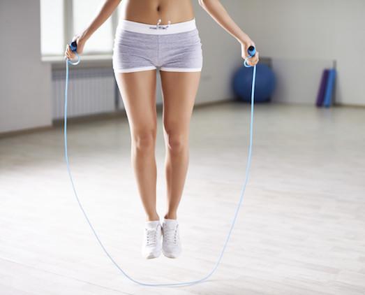 Что лучше для похудения: силовые или кардио тренировки?
