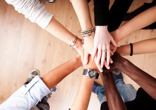Как наладить отношения в новом коллективе?