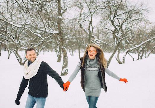 Стильные идеи для фотосессии на снегу