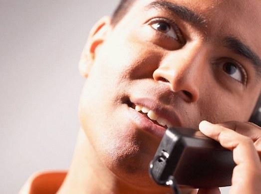 О чем можно разговаривать с девушкой по телефону?