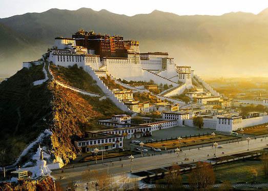 Почему люди отправляются в Тибет?
