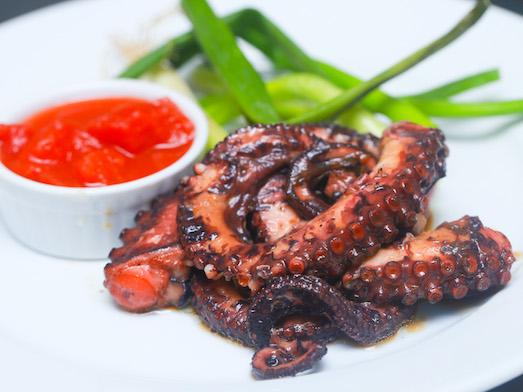 Как правильно готовить осьминога?