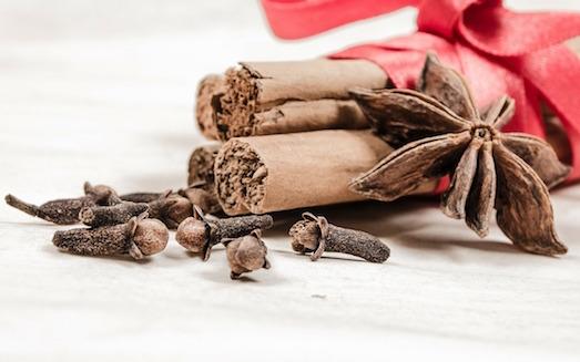 Как своими руками сделать ароматизатор для дома?