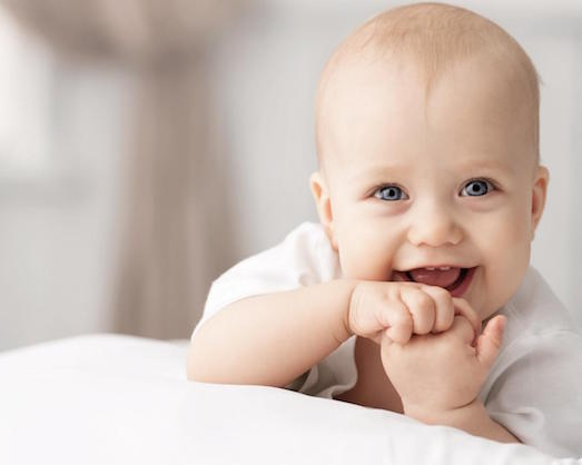 Почему ваш ребенок скрипит зубами во сне?