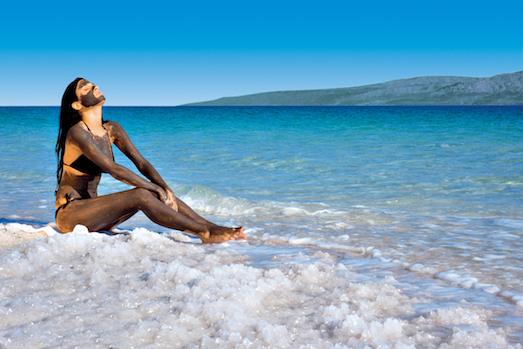 Чем полезны грязи Мертвого моря?