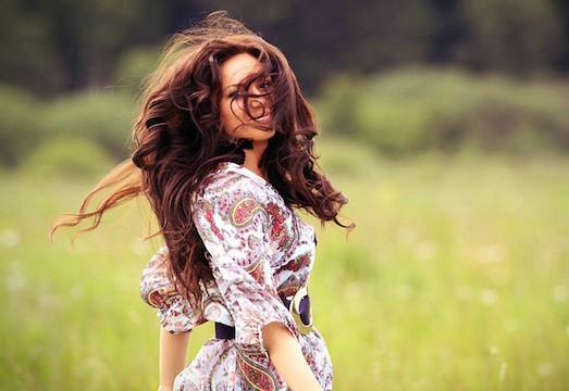 Преимущества и недостатки ополаскивания волос уксусом