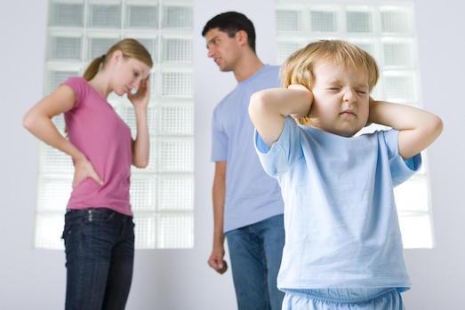 Почему родителям не стоит ссориться при детях?