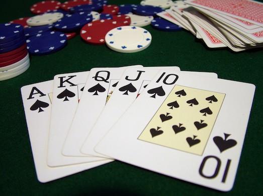 Как Играть В Покер Что Значит Уровнять Ставку