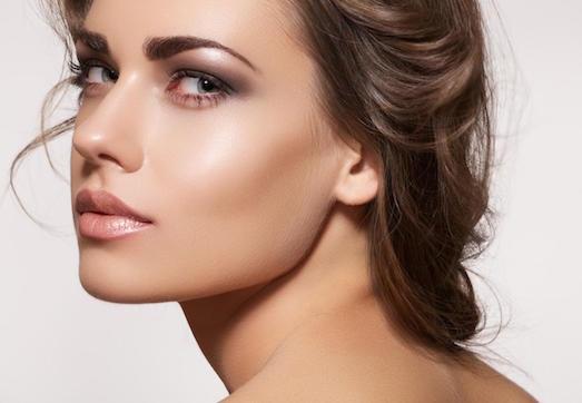 Секреты создания безупречного дневного макияжа