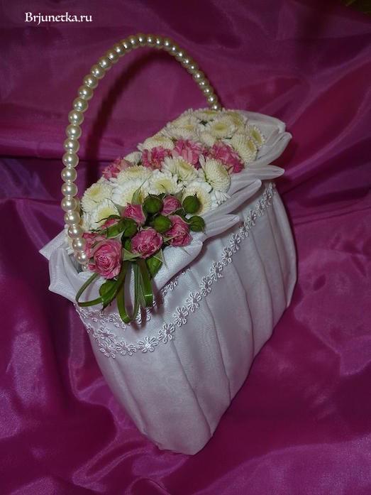 Как сделать свадебную сумочку с цветами своими руками?