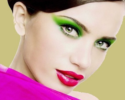 Особенности подбора цветов для зеленых глаз разных оттенков