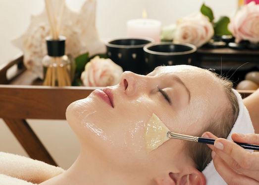 Полезные и эффективные маски для лица с желатином
