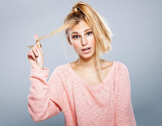 Почему пушатся волосы и как с этим справиться?