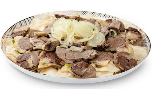 Как приготовить традиционный бешбармак?