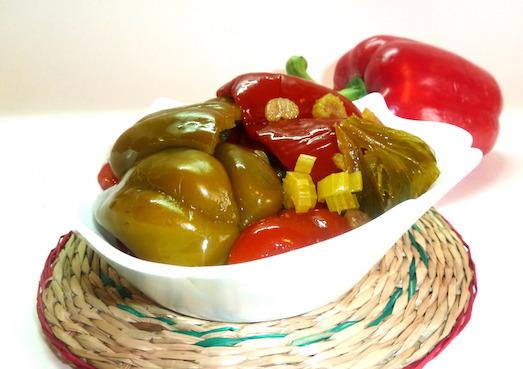 Вкусные и пикантные маринованные салаты