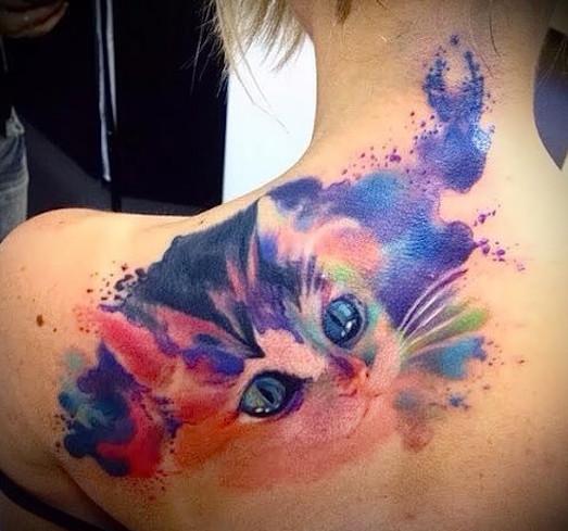 Яркие и необычные акварельные татуировки