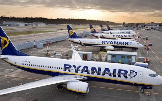 10 самых дешевых авиакомпаний в мире