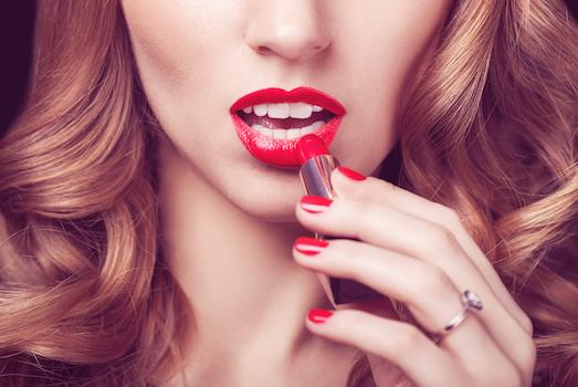Топ 10 самых идеальных стойких губных помад