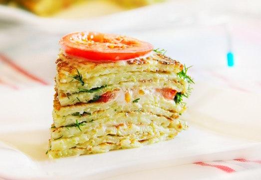 Кабачковый торт — хорошее блюдо для летнего стола