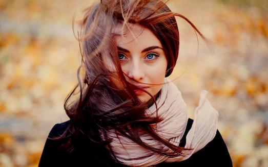 Как справиться с выпадением волос после родов?