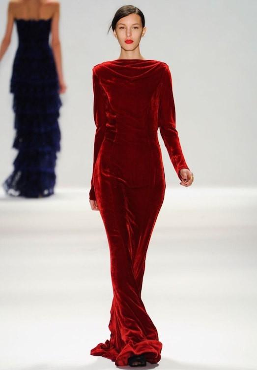 e5d6ae0135c0cc7 Как выбрать модное и красивое платье из бархата?