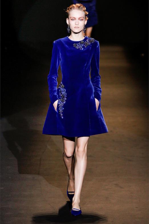 Фото красивых бархатных платьев