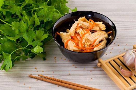 Как вкусно приготовить соевую спаржу?