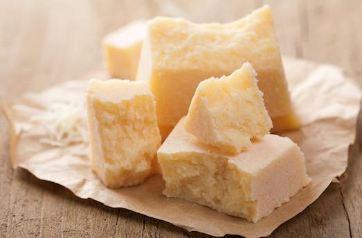 Пармезан — настоящий король сыров