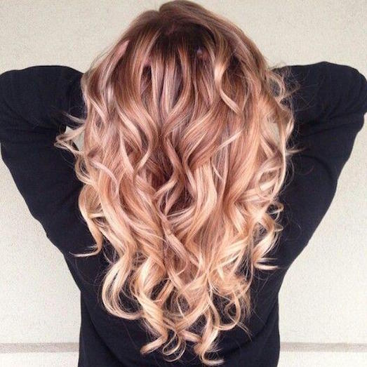 Кому подойдет розовый блонд?