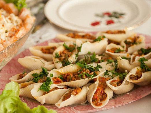 Фаршированные макароны — отличное блюдо для всей семьи