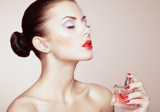 Десять самых соблазнительных женских ароматов