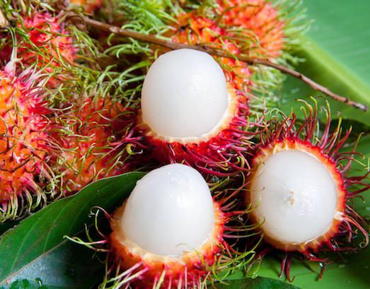 Смачний і незвичайний фрукт рамбутан