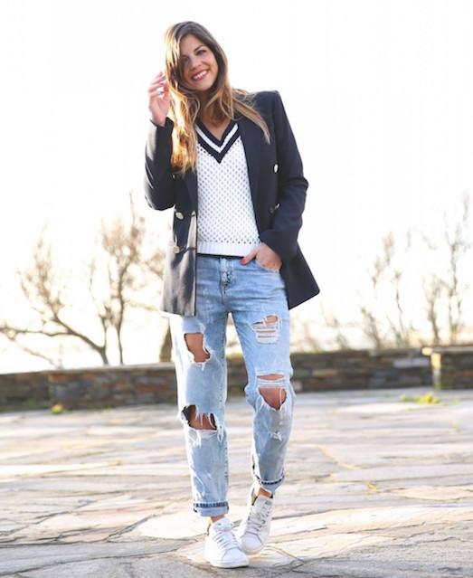 Голубые джинсы — главный тренд этого сезона